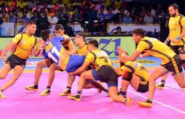 Pro Kabaddi: Telugu Titans overcome debutant Tamil Thalaivas 32-27