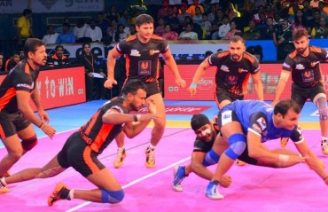 Pro Kabaddi: U Mumba bounce back after Pune loss, beat Haryana Steelers 29-28
