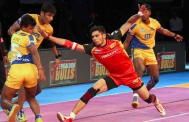Pro Kabaddi: Bengaluru Bulls pip Tamil Thalaivas 32-31 in a thrilling encounter