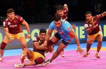 Pro Kabaddi: Bengal Warriors trump unsettled UP Yoddha 40-20