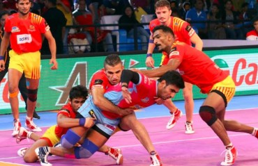 Pro Kabaddi: Gujarat FortuneGiants beat Jaipur Pink Panthers 27-20 following a solid defensive show