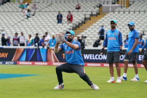 Failure in 'Yo-Yo' endurance test the reason behind Yuvraj & Raina's axe