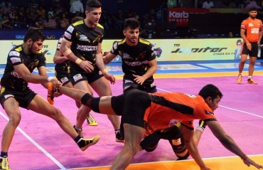 Pro Kabaddi: Telugu Titans end drought, beat U Mumba 37-32