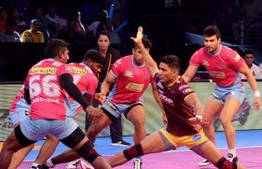 Pro Kabaddi: Manjeet-less Jaipur Pink Panthers beat UP Yoddha 24-22