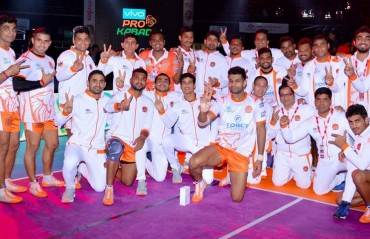 Puneri Paltan visit gods abode to seek blessings of Lord Ganesha