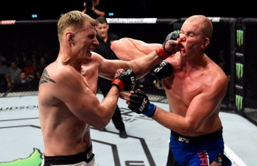 UFC Rotterdam Results: Alexander Volkov defeats Stefan Struve in a hard fought battle