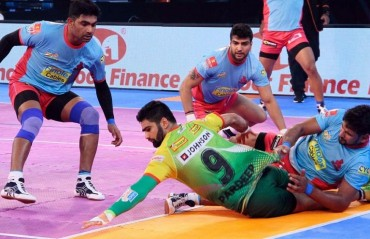 Pro Kabaddi: Dominant Patna Pirates drub injury-laden Jaipur Pink Panthers 47-21