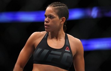 UFC 215 Results: Amanda Nunes retains After a close fight against Valentina Shevchenko