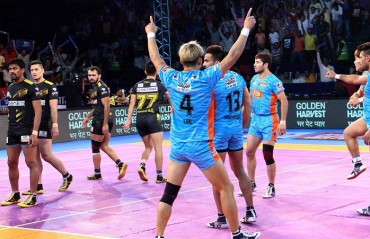 Pro Kabaddi: Bengal Warriors overcome 10-point deficit to beat Telugu Titans 32-31