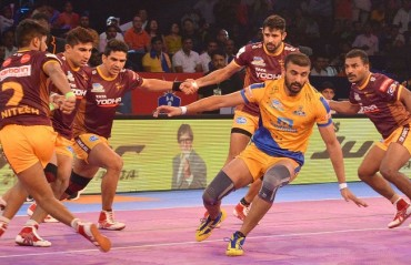 Pro Kabaddi: Ajay Thakur's late heroics helps Tamil Thalaivas edge UP Yoddha 34-33; claim 2nd win in season 5