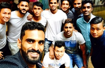 ISL 2017: Off to the mall -- KBFC stars take some time off, visit the mall in Hyderabad