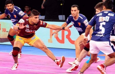 Pro Kabaddi: Nitin Tomar shines as UP make light work of Dabang Delhi