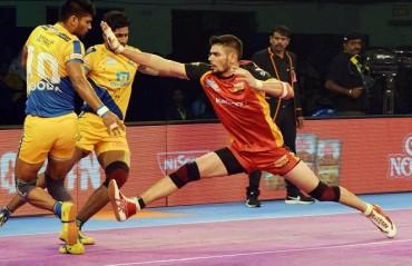 Pro Kabaddi: Bengaluru Bulls comfortably overcome Tamil Thalaivas 45-35 courtesy of Rohit Kumar's 17