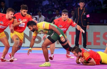 Pro Kabaddi: Gujarat Fortunegiants overcome Patna Pirates for the second time in season 5