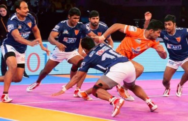 Pro Kabaddi: Puneri Paltan keep the hopes of topping Zone A alive with a late 34-31 win over Dabang Delhi