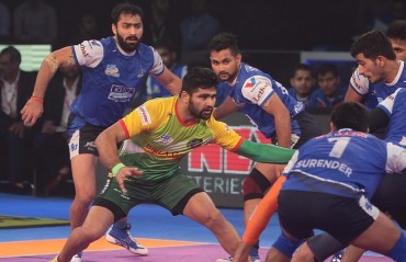 Pro Kabaddi: Patna Pirates thrash Haryana Steelers 60-30 courtesy of Pardeep Narwal's record-breaking performance