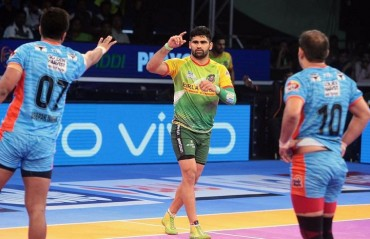 Pro Kabaddi: Pardeep storm continues as Patna edge Bengal to set up final clash against Gujarat