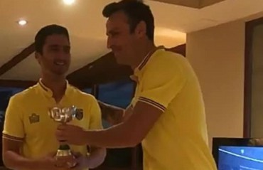 ISL 2017: Kerala Blasters Berbatov takes on Karan Sahwney in FIFA18 gaming challenge