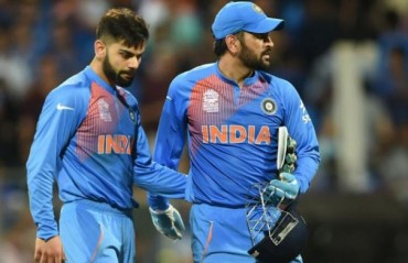 Kohli backs Dhoni, says, don't understand why people are only pointing him out