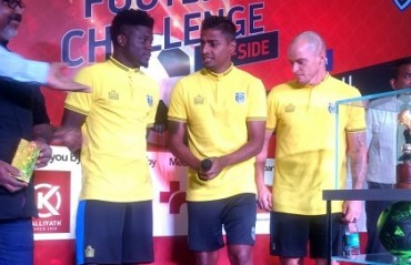 ISL 2017: KBFC stars Rino, Hume & Pekuson attended a football challenge in a mall in Kochi