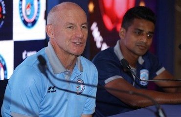 ISL 2017: Jamshedpur FC coach Steve Coppell is cautious to begin campaign vs NEUFC but is also ready for the challenge