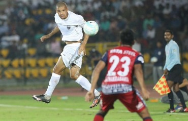 ISL 2017: Ten men Jamshedpur FC play out a goalless draw with NorthEast United FC