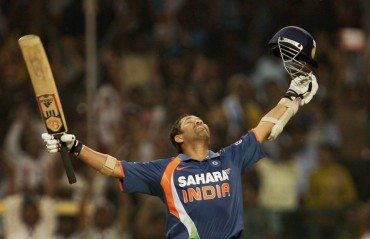 AIILAAA SACHIN: How well did you follow the Master Blaster's career? Read & rate yourself