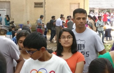 WATCH: Dravid queueing up at children's science fair has set Twitter ablaze