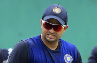 If Dhoni decides to bat at 4 regularly, it will only benefit the team: Raina