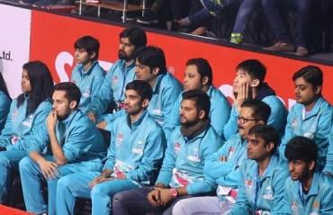 PBL 2017-18: WATCH -- Awadhe Warriors had a special cheer leader in Suresh Raina