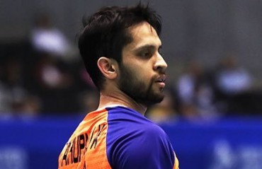 PBL 2017-18: WATCH -- Parupalli Kashyap tries his hand at cue sports!