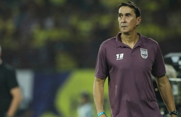 ISL 2017-18: We're a fighting team & will push to get into top 4, says MCFC coach Guimaraes