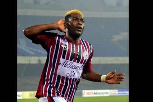 I-League 2017-18: WATCH: Fans give a heart-felt farewell to their star player Sony Norde