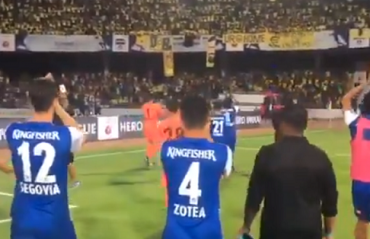 WATCH: A sweet gesture from BFC players led by Chhetri to KBFC fans