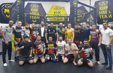 Brave CF: Amir Khan visits KHK MMA Bahrain prior to Brave 13: Europe Evolution