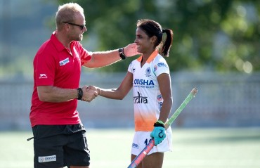 Indian Women's Hockey Team defeat Spain 3-2 in 3rd match