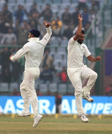 England vs India Day 3: Struggling England swell lead to 125 at tea