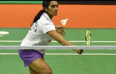 Sindhu advances, Saina out of China Open