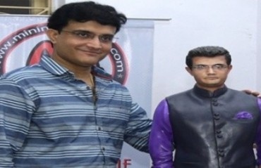 Ganguly unveils own statuette, wished by Sachin, Kumble on birthday