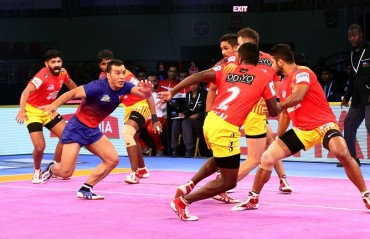 Nail biting tie 32-32 between Dabang Delhi and Gujarat Fortunegiants in their opening match of VIVO Pro Kabaddi Season VI