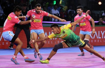 Patna Pirates beat Jaipur Pink Panthers 41-30