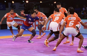 Puneri Paltan win the  slow grind against Dabang Delhi K.C. by 26-31
