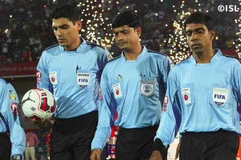 ISL refereeing controversy -- no complaints registered by clubs on official feedback forms despite grievances
