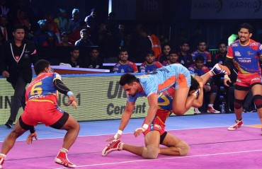 UP Yoddha produced a solid team performance to beat Bengal Warriors 41-25 as they secured a place in the playoffs of Vivo Pro Kabaddi League season 6