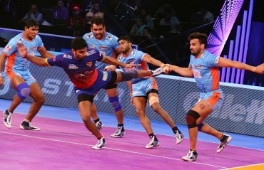 Dabang Delhi came up with a strong second half performance to beat Bengal Warriors 39-28 in the second eliminator of Vivo Pro Kabaddi League season 6