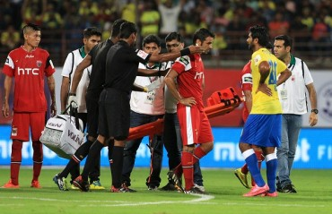 Half Time Report: Kerala and NE play tight, but Blasters create more chances