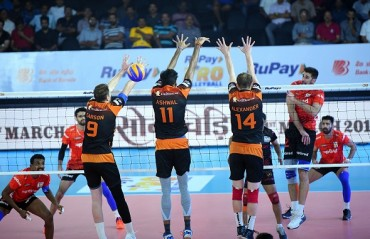 Black Hawks Hyderabad keep playoff chances alive beating U Mumba Volley on Day 11 of RuPay Pro Volleyball League
