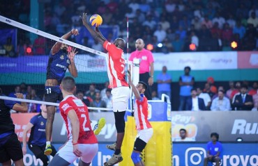 Calicut Heroes remain unbeaten in the league stage as they defeat Ahmedabad Defenders on Day 12 of RuPay Pro Volleyball League
