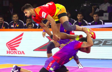 Pro Kabaddi 2019 -- More makes merry for for Gujarat Fortunegiants against Dabang Delhi