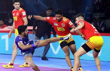 WATCH Pro Kabaddi Highlights: Vikas Kandola's early raiding brilliance ensured Haryana Steelers thrashed Gujarat Fortunegiants 41-24